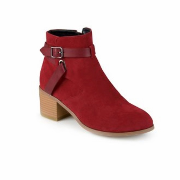 Journee Collection Shoes - Women's Journee Collection Mara Round Toe Booties